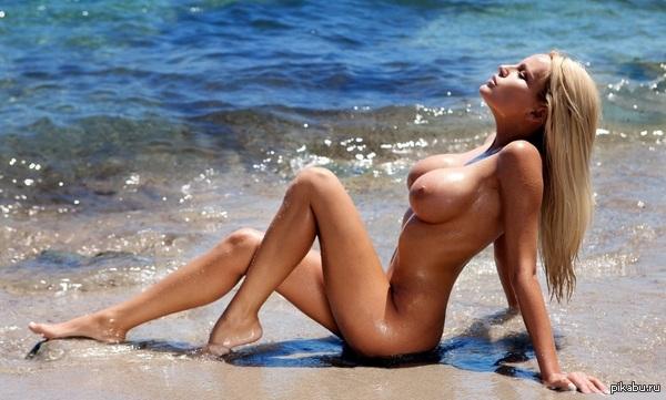 эр.фото девушек на пляже