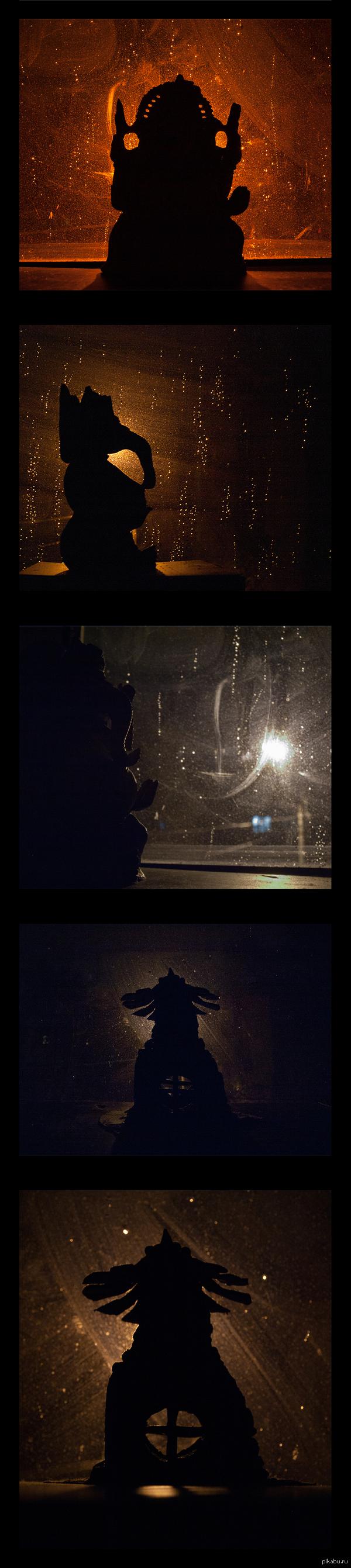 а за окном знакомый силуэт
