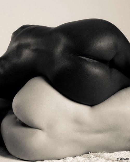 Обнаженное Черное Попа