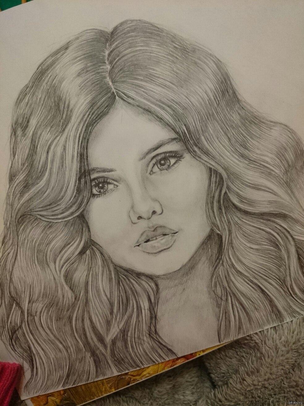Простой рисунок девушки фото