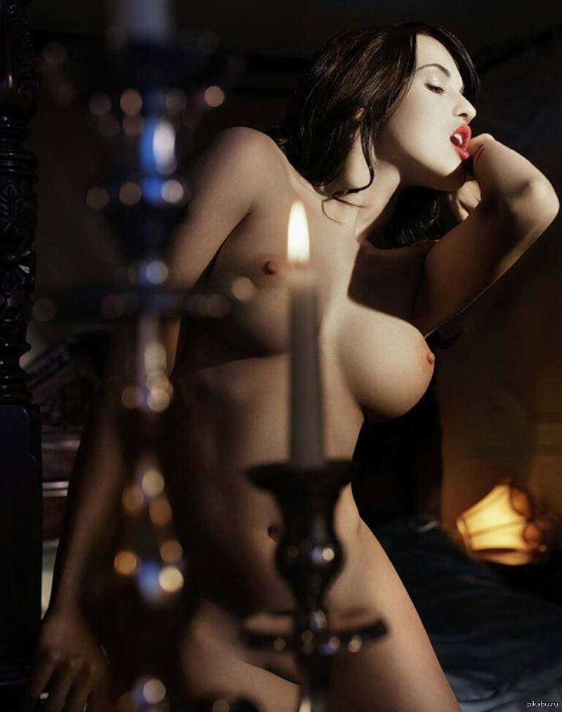 Hot naked vampire girl having sex porn image